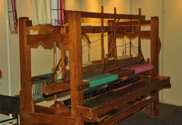 Handloom Weaving Machine